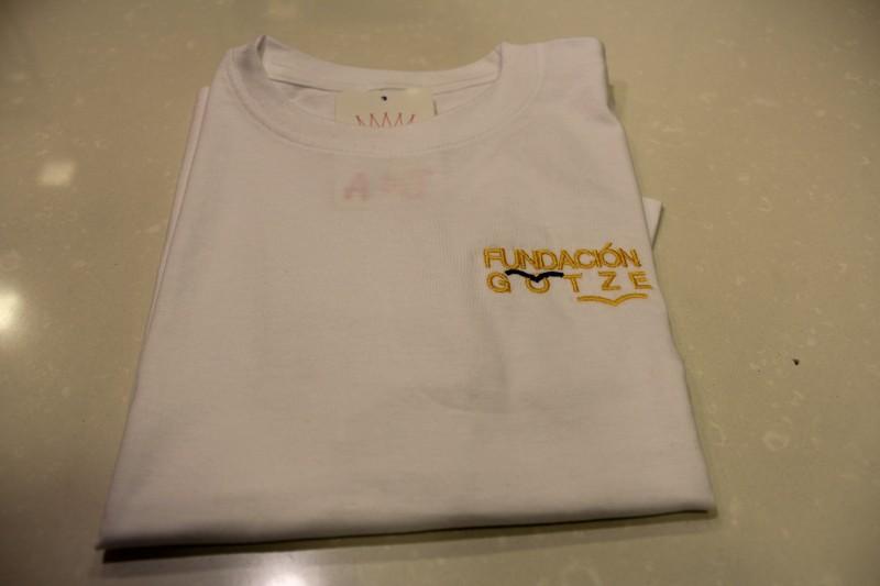 CAMISETA GOTZE - Camiseta de deporte, uniforme oficial del colegio.